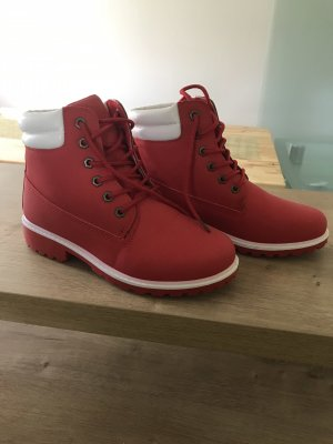 Lace-up Boots red