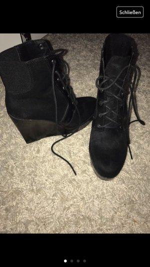 Schuhe für Damen .....