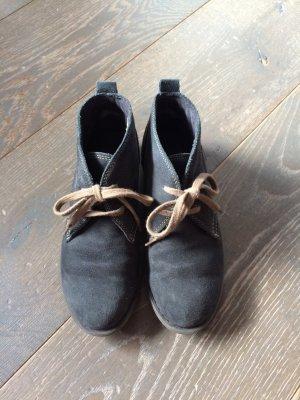 Schuhe für den Übergang