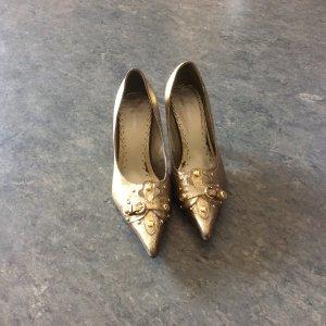 Schuhe für einen glanzvollen Auftritt