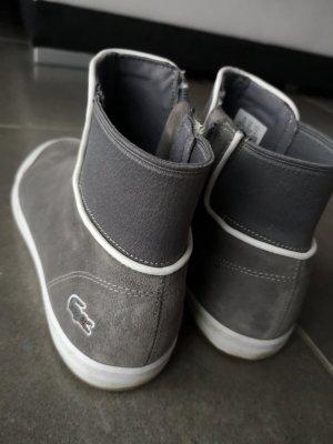 Schuhe im Chelsea Stil von Lacoste