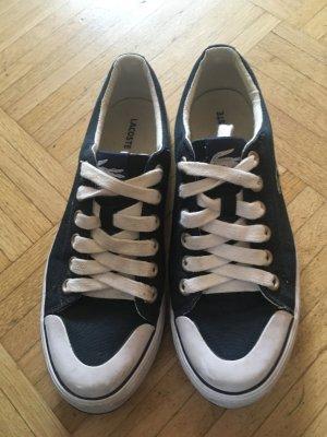 Schuhe in blau von Lacoste