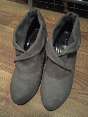 Schuhe in der größe 37