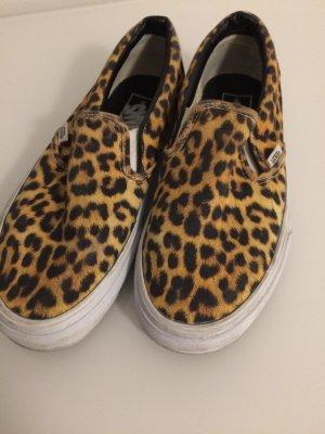 Schuhe in Leoparden-Optik von Van's
