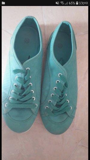 Schuhe in Türkies