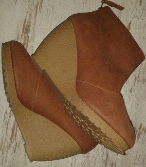Schuhe Keilabsatz 39 ungetragen