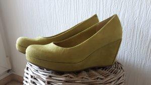 Schuhe Keilabsatz s.Oliver  Größe 39 Pistazie
