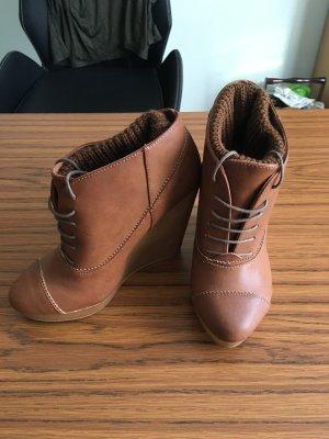 Schuhe Keilabsatz zum Schnüren