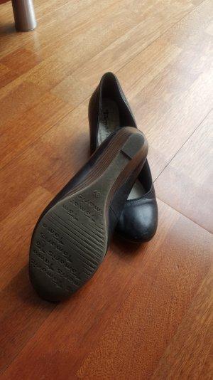 Schuhe Marke Tamaris farbe schwarz