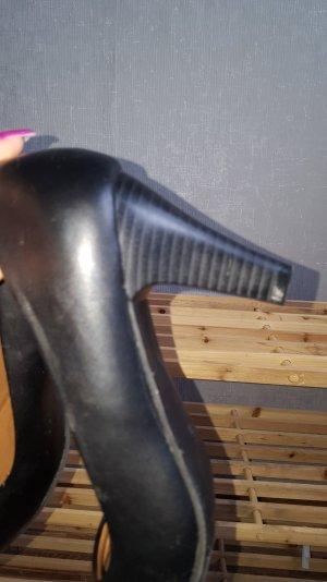 schuhe mit absatz in schwarz
