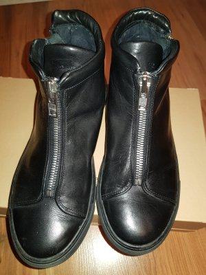 Schuhe mit *FRONTZIP* - ROYAL REPUBLIQ