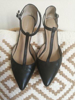 Zanon & Zago Pointed Toe Pumps black