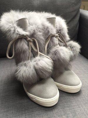 Schuhe mit versteckten Absatz und Fell Gr.37