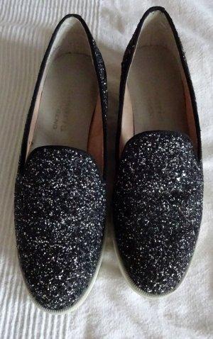 Tamaris Slip-on Shoes black leather