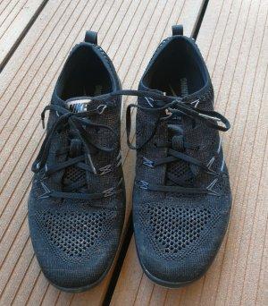 Schuhe Nike free Turnschuh 40 Damen schwarz
