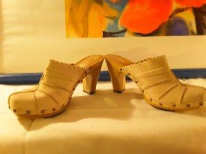 Schuhe , Pantoletten von Street, Absatzhöhe von 10 cm, Schuhgröße 38
