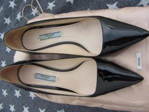 Prada Chaussure de travail noir cuir