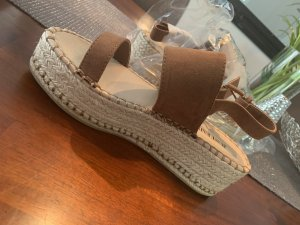 Sandales à plateforme brun