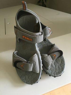 Schuhe/Sandalen der Marke McKinley, Größe 40