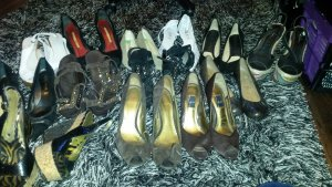 Schuhe. schreib mich an wenn dich etwas interessiert