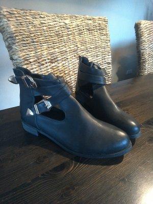 Schuhe schwarz in Größe 41