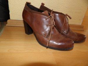 Schuhe Stiefeletten Stiefel Absatz Van der Laan Gr. 40 braun