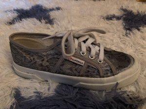 Schuhe superga (wie neu)