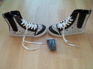 Schuhe von Etnies in Gr. 38,5 mit ausgefallenem Motiv -> NEU