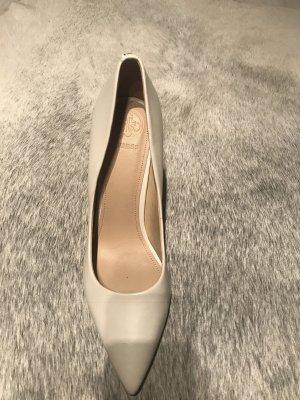 Schuhe von Guess
