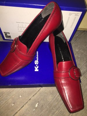 Slip-on Shoes brick red