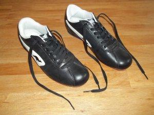 Schuhe von Kangaroos in Gr. 39 schwarz