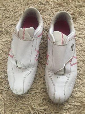 Schuhe von Lacoste, weiß