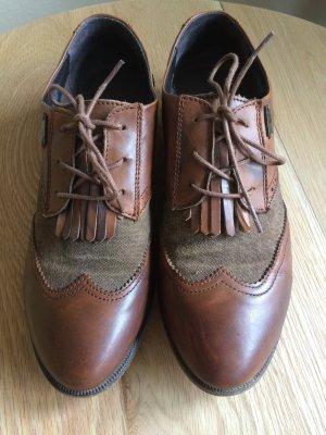 Schuhe von Levi Strauss
