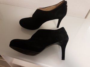 Nine west Platform Booties black