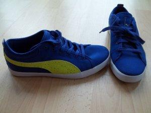 Schuhe von Puma in Gr. 38,5 blau gelb gepunktet