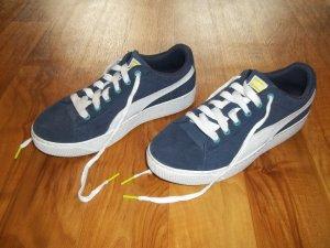 Schuhe von Puma in Gr. 38,5 dunkelblau