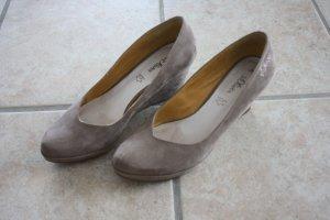 Schuhe von s.Oliver Gr. 38 - taupe