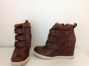 Steve Madden Wedge Booties brown imitation leather