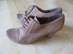 Schuhe von Tamaris, Gr. 37, beige