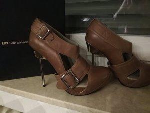 Schuhe von United Nude