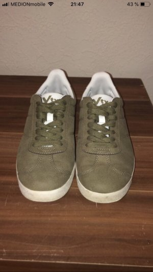 VTY Lace-Up Sneaker khaki-white