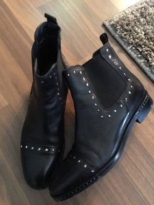 Schuhengel schwarzer Leder Bootie  Gr. 40 mit Nieten