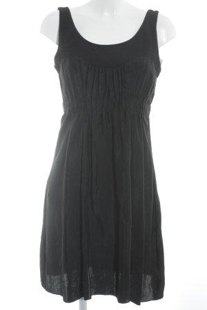Schuhmacher Vestido tipo overol negro look Street-Style