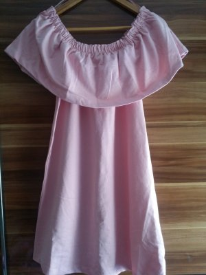 Schulterfreie Kleid