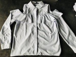 Schulterfreie TOPSHOP Bluse mit Rüschen