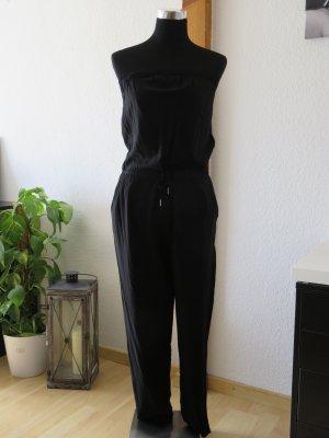 Schulterfreier Jumpsuit