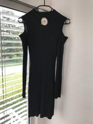 Schulterfreies anliegendes Kleid