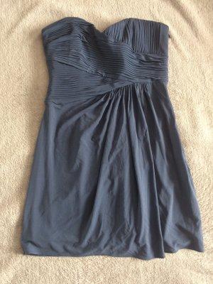 Schulterfreies Kleid von bcbg