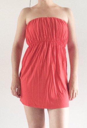 schulterfreies Kleid von ginatricot