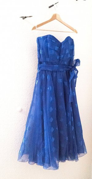 Schulterfreies Rockabilly Kleid mit Gürtel in blau von Vera Mont, teilweise in Metallic Optik,  Gr. 38